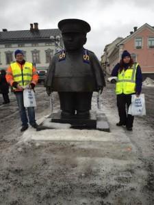 vaalityössä Oulun Torilla